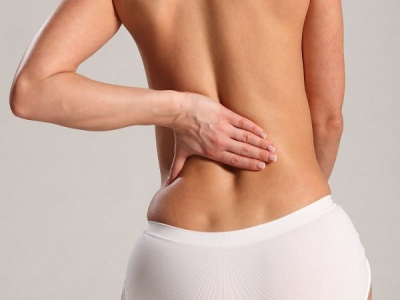 Đau lưng - dấu hiệu bệnh ung thư vú ít người biết