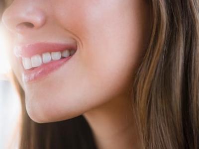 Làm thể nào để có nụ cười trắng sáng hơn
